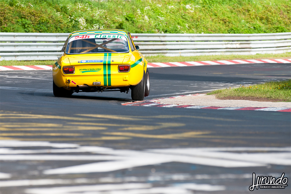 Alfa Giulia jump
