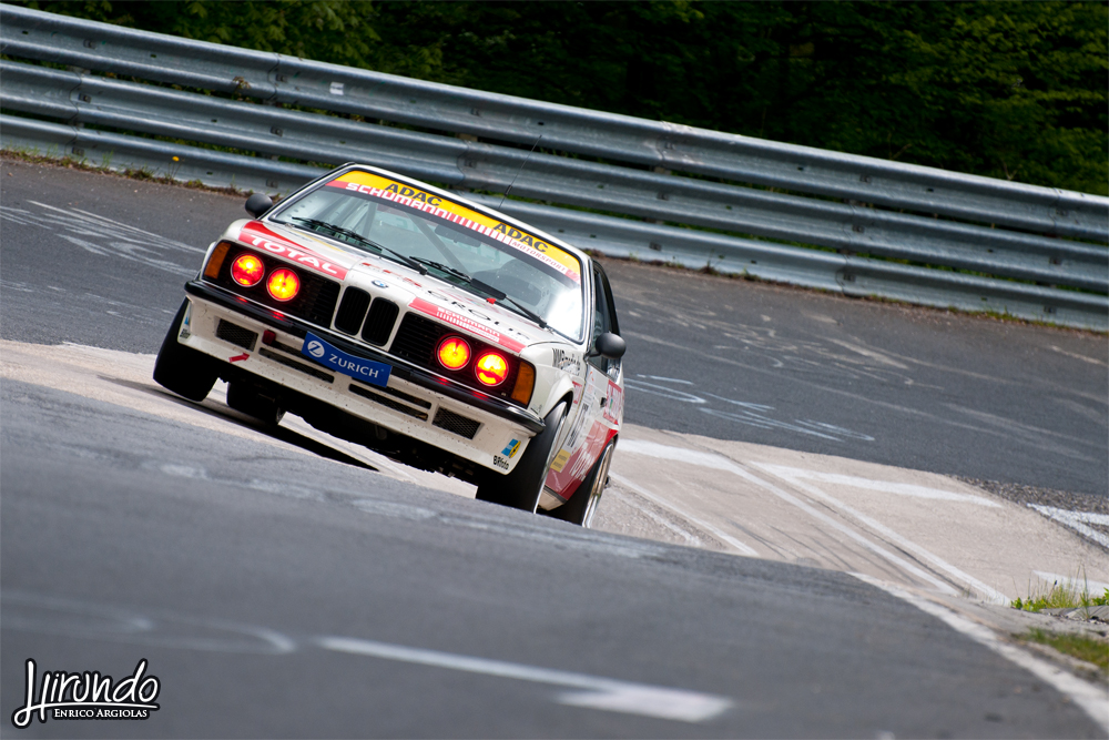 BMW E28 Karussell jump