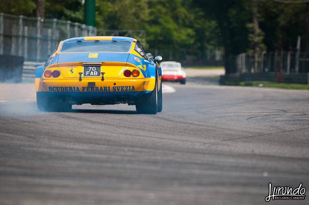 Ferrari 365 GTB/4 Daytona drift